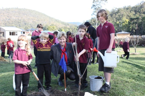 Watering in with Grace thompson, Max Welling, Tasman Poslek and Chris Stevenson